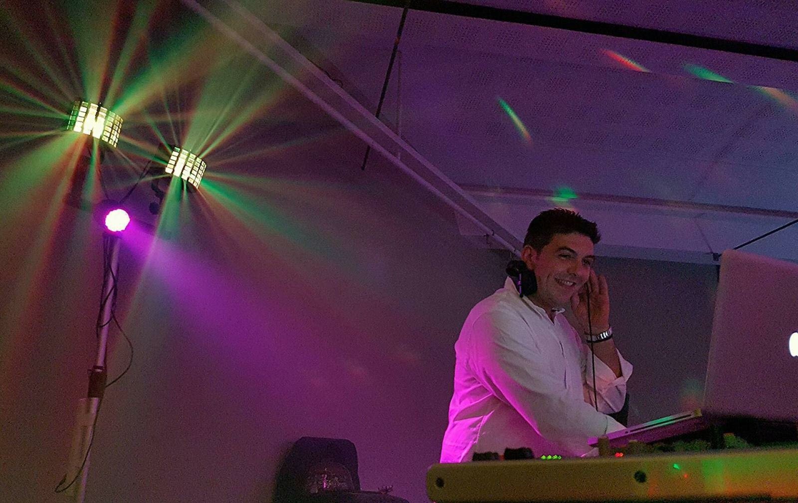 Dj's kefalonia weddings - Makis Klonis, Dj, Ηχητικός εξοπ.